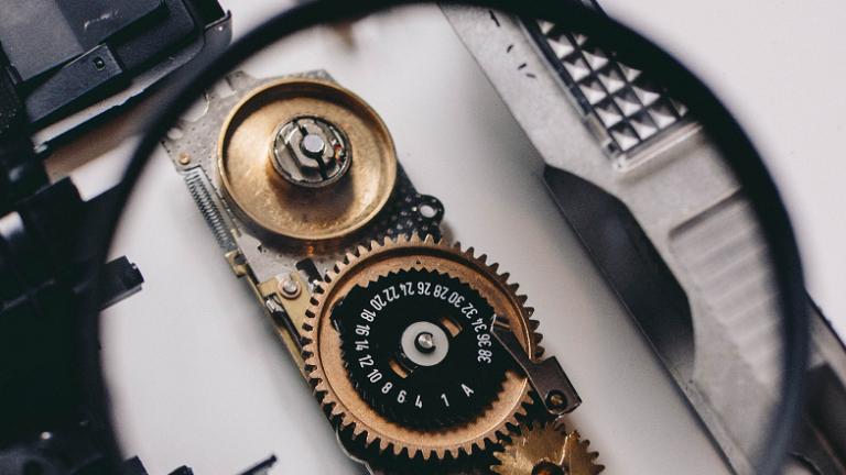 7 ключових індикаторів ризику Active Directory на панелі моніторингу Varonis